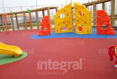 Kids Playground Rubber Floor Application